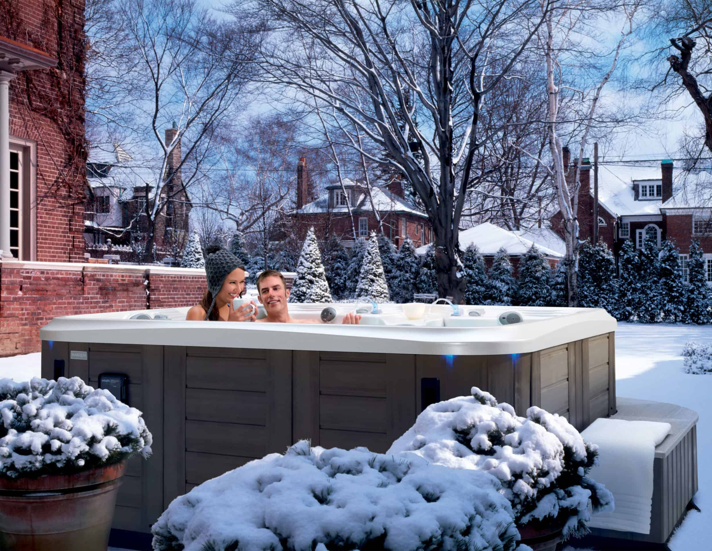 Hot tub for the sold season